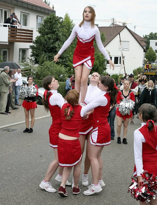 Die Cheerleaders
